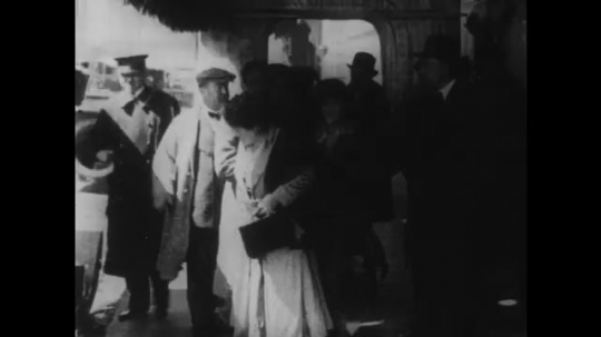 UNITED STATES: 1910s: Fairbanks, Chaplin, and Pickford go on nationwide tour in World War One.