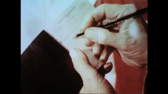 UNITED STATES 1950s-1960s : Doctor writes a note to girl