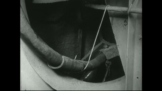 UNITED STATES: 1940s: wet pulp in mill filter. Lead concentrate filter process.