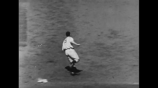 UNITED STATES CIRCA 1951 : Joe DiMaggio rounds the bases after hitting a home run.