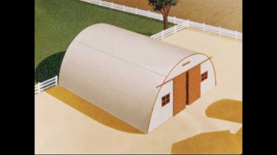 1950s: Animated diagram of white storage building. A portion of the roof turns dark grey, then the whole building turns orange.